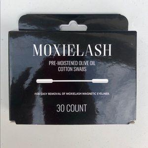 Moxielash Pre Moistened Olive Oil Cotton Swabs